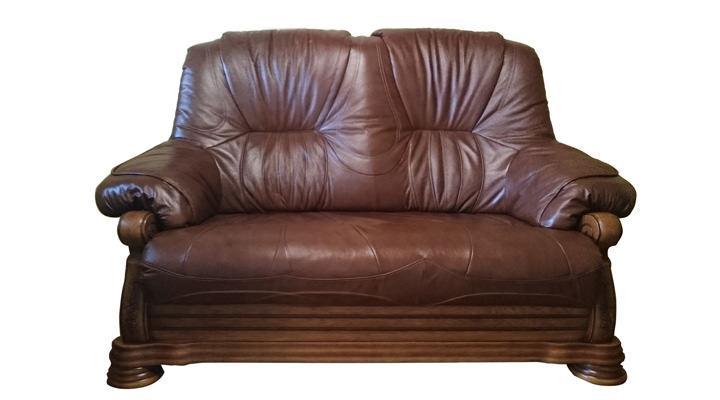 Кожаный двухместный диван Кардинал